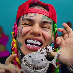 6ix9ine's TattleTales Album to Debut at No. 1 With 150,000 Units: Report