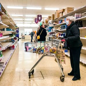 Supermarket shoppers can now be fined £200 for breaking the in store rules
