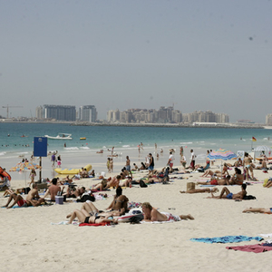 721 beachgoers in Dubai fined for violating anti-Covid measures