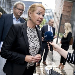 Several female MFs agree with Støjberg: Sexism debate puts 'all men on the dock'