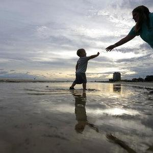 Plodding and powerful, Sally moves in on Gulf Coast