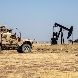 US convoy transports stolen Syrian oil to Iraq: SANA