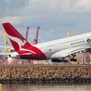 Qantas Airlines Domestic tourist destination to sightseeing flight 134 seats sold out in 10 minutes