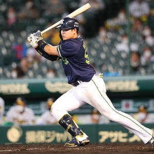 "Yakult Murakami 2nd round barrage No. 16 ""Concentrate firmly"" --Professional baseball: Nikkan Sports"