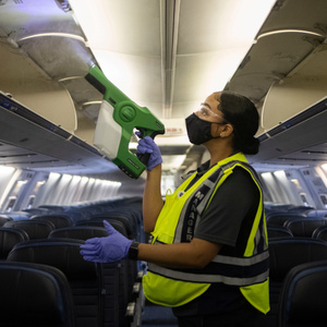 Airlines push for coronavirus tests before international flights