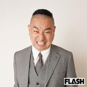 "Razor Ramon RG ""Naoki Hanzawa"" Aiming behind the impersonation of Isayama ... (SmartFLASH) --Yahoo! News"