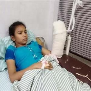 Kusum DC, who held Snatcher even after cutting his wrist, was nominated for the National Child Bravery Award