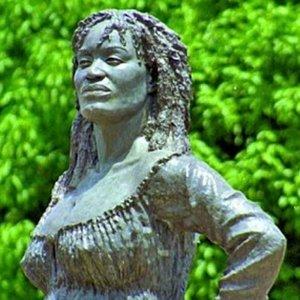 France racism: Paris to commemorate slave rebellion figure