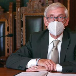 Gov. Evers extends Wisconsin face mask mandate into November