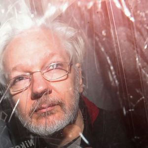 "Julian Assange Says He ""Hears Voices"" In Prison: Psychiatrist"