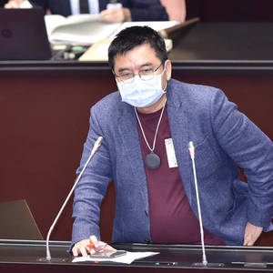 The Green Committee amended the law to cancel the hanging of the statue of the Father! Zhuang Ruixiong: Saying goodbye to feudalism, there is no need to worship-Politics