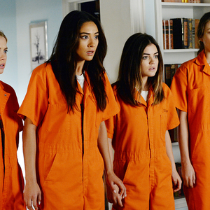 "15 ""Pretty Little Liars"" Tweets To Remind Everyone Just How Bonkers That Show Was"