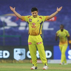 'Indian Paunch League': Stars pilloried for 'healthy waistlines' in IPL opener
