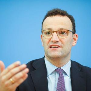 Spahn advises citizens to take an autumn vacation in Germany