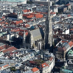 Foreign Office warns against traveling to Vienna