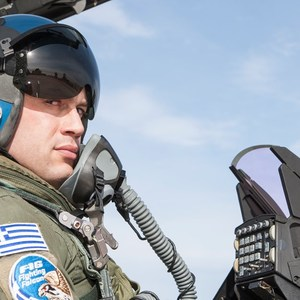 What does the first Greek pilot who flew with Rafale say?