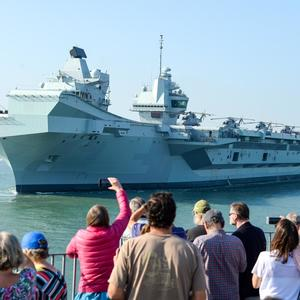 In photos: Crowds give HMS Queen Elizabeth proper send-off as she leaves Portsmouth again