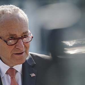 Senate Democrats introduce bill to investigate political interference in Covid-19 response