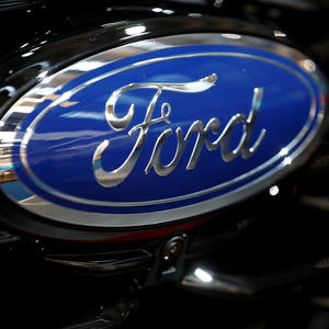 Unifor local leadership approves tentative deal with Ford in Canada