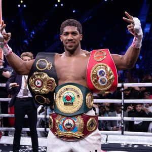 Anthony Joshua vs Kubrat Pulev date: Eddie Hearn makes statement on title fight - Will it go ahead in December? Where will it take place?