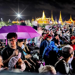 Thai student movement chokes the royal family and shouts for constitutional reform-international